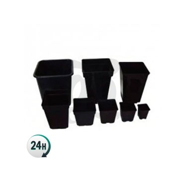 Square flowerpots in all sizes