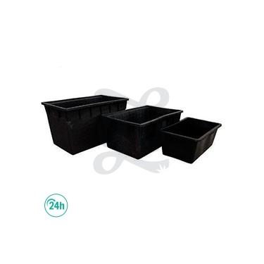 Depósito plástico negro rectangular
